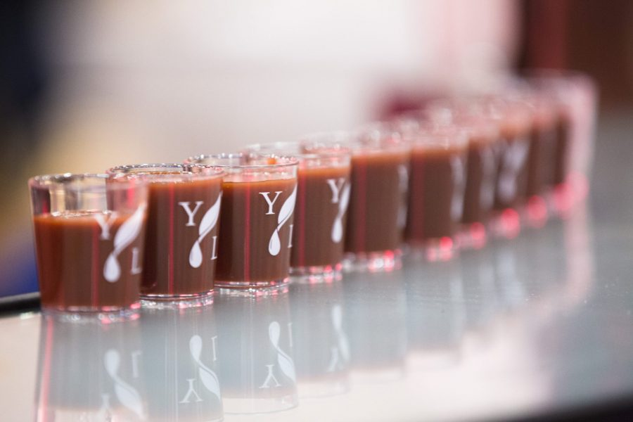 ningxia red mocktail in shot glasses